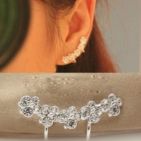 NT0156 Diamond Flower ear bones clip