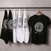 The beauty of the Medusa T-shirt