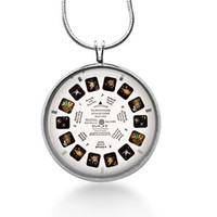 Viewmaster necklace,Viewmaster Pendant, Viewmaster Jewelry,geekery ,geek,Retro