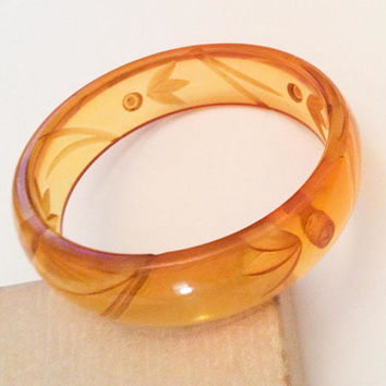 Apple Juice Bakelite Bangle Bracelet, Reverse Carving, 1930s Art Deco Vintage Jewelry SALE