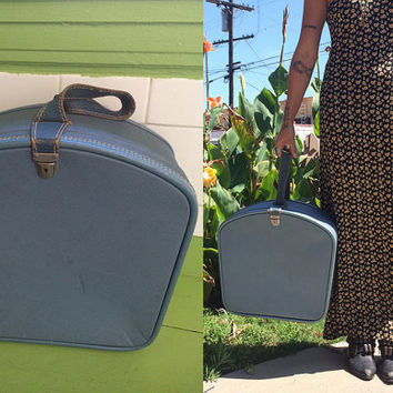 Vintage 40's 50's wheary teal square train case luggage picnic genuine leather strap blue