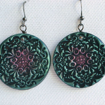 Glimmering stamped lace pattern earrings - polymer clay green and pink