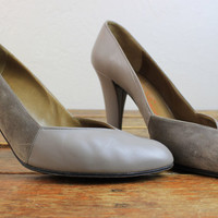 Vintage 80s CHARLES JOURDAN Gray Leather Pumps // Size 9