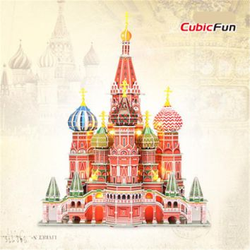 Collectible Toys LED 3D Puzzle Cubicfun L519 Saint Basil's Cathedral Construction Models Paperboard Puzzle Gift Toy / Brinquedos