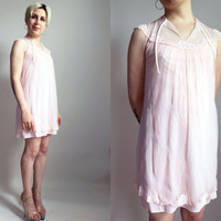 60s clothing / 60s Pink Robe Vintage Light Pink Lace Chemise Pretty Night Robe Sweet Cute Lingerie Size Small