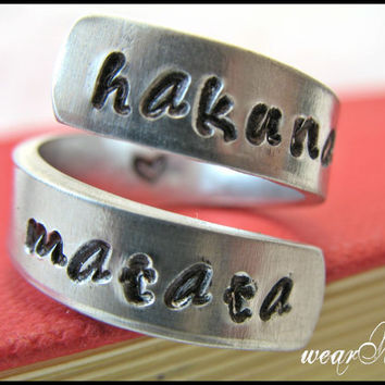 Hakuna Matata Ring - Adjustable Aluminum Wrap Ring.. Best Gift.. YOu WiLL LOvE iT