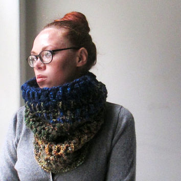 Ombre Cowl. Chunky Circle Scarf. Autumnal. Soft. Unisex. Ready to Ship