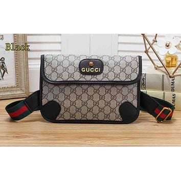Gucci is a hot seller of ladies'mixed-color single-shoulder coffee
