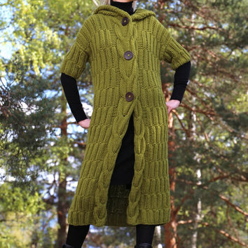 PDF pattern. Hooded long coat with short sleeves and large buttons. Digital pattern from Ilze Of Norway.