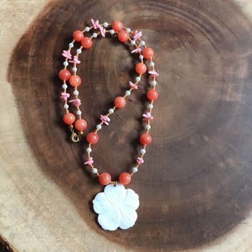 Hibiscus Beaded Necklace, Beach Necklace, Hawaiian Necklace, Mother of Pearl Flower, Summer Necklace, Pink, Gold, Orange, Gift for Her