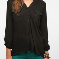 Urban Outfitters - Ecote Cargo-Pocket Pullover Top