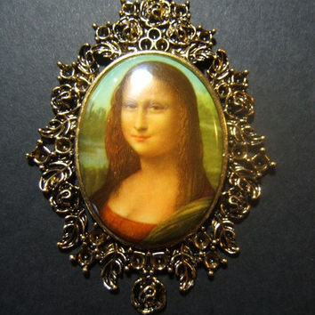 Mona Lisa vintage porcelain picture cameo cabochon necklace pendant on 24 inch oval link chain