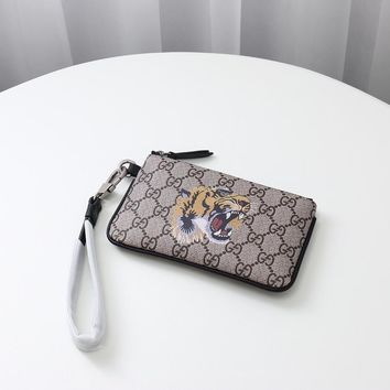 kuyou gucci fashion women men gb19530 522866 tiger print gg supreme pouch 2019 05 31 221