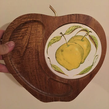 Vintage 1960s Wooden Apple Shaped Cheese Board with Illustrated Tile by Fred Press / Mid Century Cheese Platter