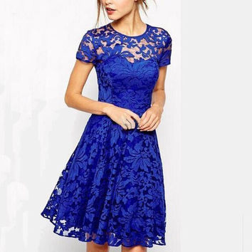 Summer Ventilation Round-Neck Short Sleeved Lace Dress +Necklace