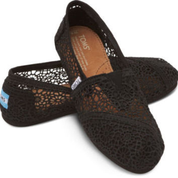 TOMS WOMENS BLACK MOROCCO CROCHET SLIP-ON SHOES