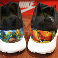 Free Shipping -- Nike Roshe Run Black White Ocean Island Floral Print V2 Edition Custom Men