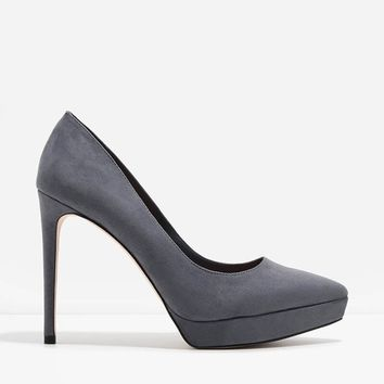 Pointed Platform Pumps | CHARLES & KEITH