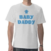Funny Baby Daddy Arrow Expecting Dad T-Shirt Boy from