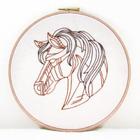 Embroidery wall hanging, hand embroidery horse head embroidery hoop, 8 inch hoop, horse lovers gift, handmade in the UK
