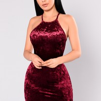 Myla Velvet Dress - Burgundy