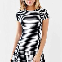 BDG Jackie Flare Tee Dress-