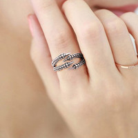 Fashion Vintage Geometric Ring Retro Dragon Claw Ring Punk Antique Silver Ring Women Or Rocker Men Jewelry