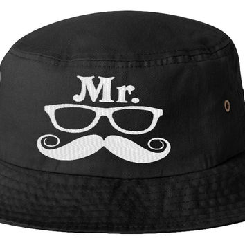 Mr Geek_ Bucket Hat
