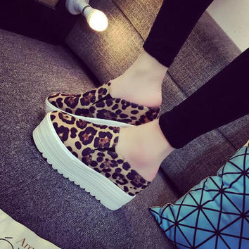 8cm High Wedge Slide Platform Sneakers