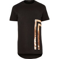 River Island MensBlack placement foil print curved hem t-shirt