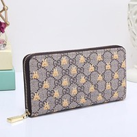 GUCCI Bee Women Fashion Embroidery Leather Buckle Wallet Purse Clutch Bag