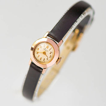 Smallest ever women's watch Ray, gold plated lady's wrist watch vintage, limited edition tiny girl watch classic, premium leather strap new