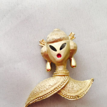 Geisha Girl Scatter Pin Set Gold Tone Red Lips Figural Brooches Vintage