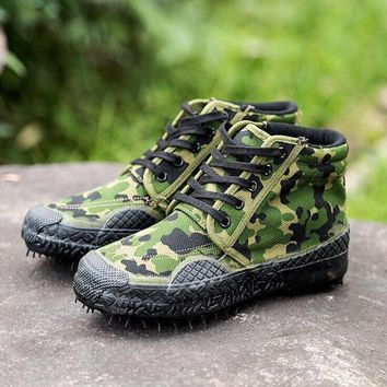 Outdoor men s Tactical Training Desert Camouflage Hiking Travel Boots Autumn Spring Ankle male Canvas hight Working shoes boot