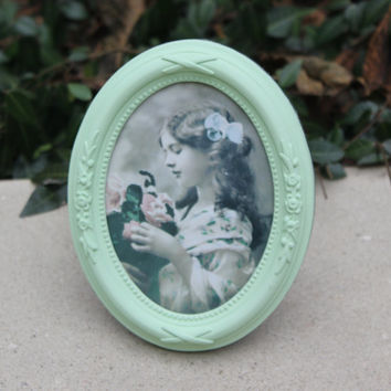 Victorian small mint green oval picture frame
