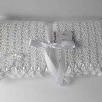 Baptism Blanket. Christening Shawl. Christening Blanket. Blessing Day Blanket. White Blanket.  Soft Crochet Blanket. Ready to Ship.