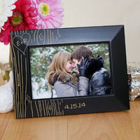 Engraved Couples Tree Carving Black Frame- L7301171