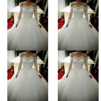 Long Sleeves Lace Beading Wedding Gowns Plus Size Dress