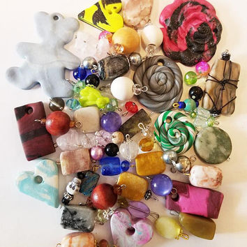 59 bead drops clay stone pendants charms mixed lot glass plastic beads jewelry