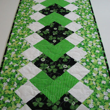 Quilted Table Runner , St. Patrick's Day Table Runner , Shamrocks and Polka Dots , Springtime Table Decor