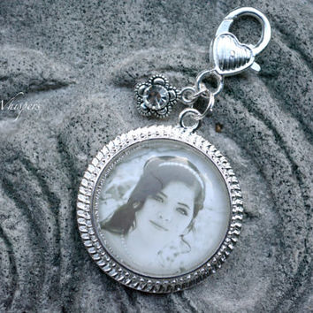 Custom Photo Keychain - Photo Keepsake - Personalized Photo Keychain clip - Gifts Under 20 - Custom Photo Key Charm - Photo key Pendant