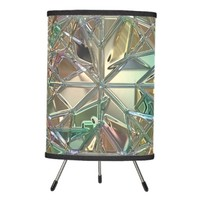 Diamond pattern, stained glass look lamp