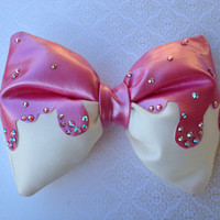 Strawberry Melty - Cream and Pearlescent Pink Melted Ice Cream Bow