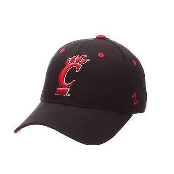 Licensed Cincinnati Bearcats Official NCAA DH Size 7 1/4 Fitted Hat Cap by Zephyr 134566 KO_19_1