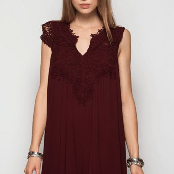 Lady Lace Burgundy Dress