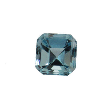 Aquamarine Emerald cut Gemstone 2.21 Blue Gemstone, light blue March Birthstone