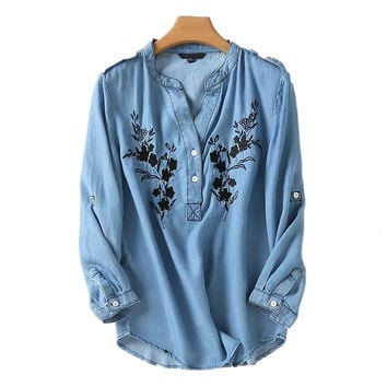 2017 Summer Tencel Denim Blouse Women Floral Embroidery Shirt V-neck Tops Casual Loose Jeans Shirts Blouses Blue Blusas Camisas