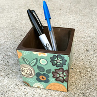Brown and turquoise versatile storage bin