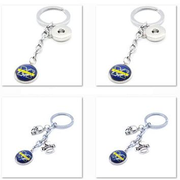 2017 New Football Keychain NCAA Michigan Wolverines Charm Key Chain Car Keyring for Women Men Party Birthday Keyrings Gifts