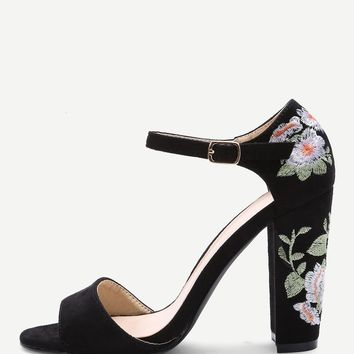 Black Flower Embroidery Womens Chunky Heel Sandals